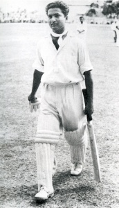 Hanif Mohammad returning to the pavilion after playing an epic innings of 337 against the West Indies in Bridgetown, 1958.