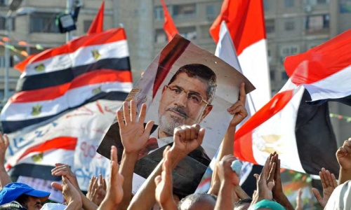 Deadly clashes in Egypt as Morsi held as murder suspect