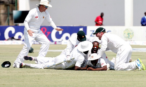 'Minnows' Zimbabwe jolt Pakistan with historic Test victory