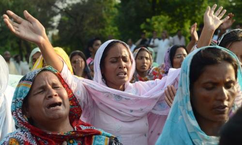 KP to mourn Peshawar blasts for three days