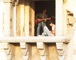 Hauz Khas in Old Delhi offers perfect spots for budding musicians as the acoustics are amazing. -Photo by Vaqar Ahmed