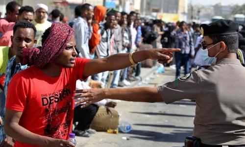 Illegal workers surrender in Saudi as three Ethiopians die