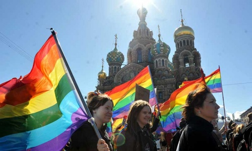 Russian gays tackle prejudice with sport