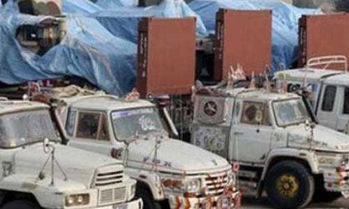 Protesters send back four Nato trucks