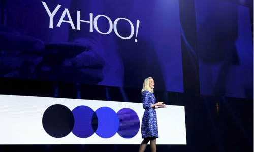 Yahoo CEO unveils handful of new products to big CES crowd