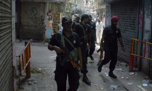 Police arrests 29 suspects in Karachi raids