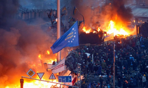 At least 25 killed in Kiev clashes