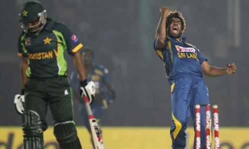 Malinga stuns Pakistan in Asia Cup opener