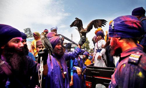 Sikhs celebrate Hola Mohalla