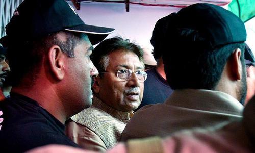Musharraf's lawyers hint at court boycott