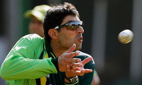 Misbah's job under threat as Moin hints at change in ODI leadership