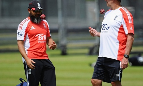 Mushtaq's English farewell pits him against Saqlain
