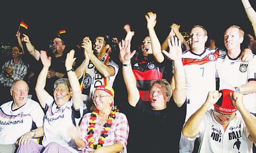 Football enthusiasm from Lyari to  German consulate