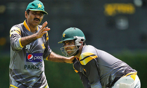 Miandad wants 'tainted' players to prove innocence on oath