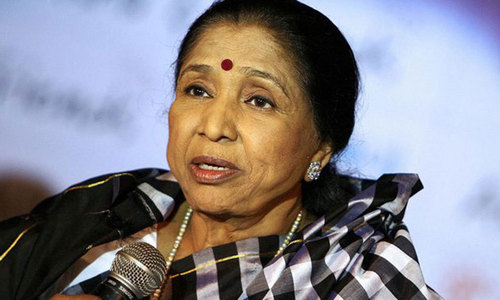 Asha Bhosle denounces 'vulgar' lyrics in Bollywood songs