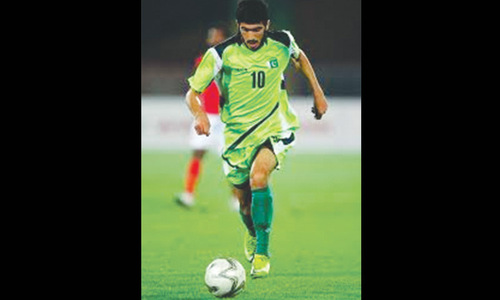 Pakistan striker Kaleemullah signs lucrative contract with Dordoi FC