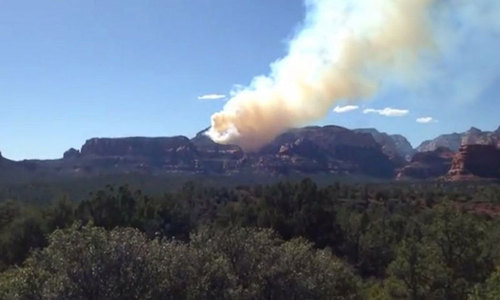 Six die in two plane crashes in Arizona
