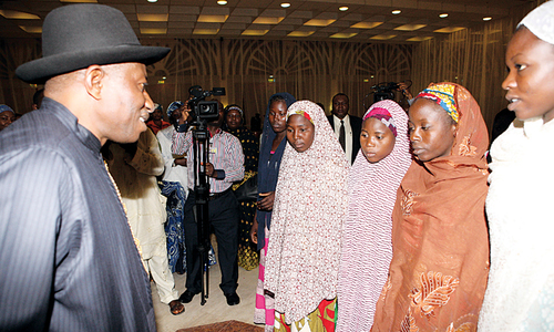 Nigerian president meets relatives of kidnapped schoolgirls
