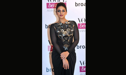 Bollywood ups style quotient at Vogue Beauty Awards
