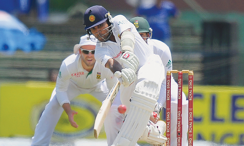 Warhorse Jayawardene ton takes Sri Lanka to 305-5