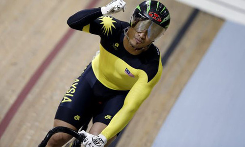Commonwealth Games: Malaysian cyclist warned over 'Save Gaza' gloves