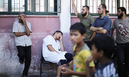 Israeli rockets pound Gaza, as truce collapses