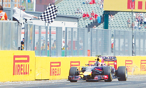 Ricciardo wins dramatic Hungarian GP