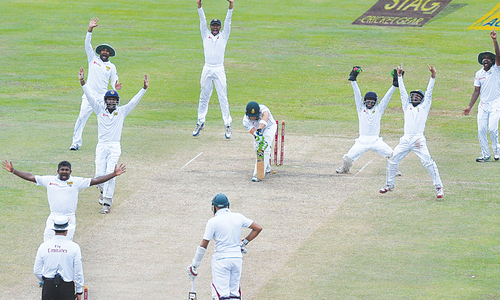 Resolute Philander, Tahir help  South Africa draw Test, claim series
