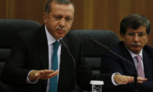 Erdogan names foreign minister Davutoglu as next Turkish PM