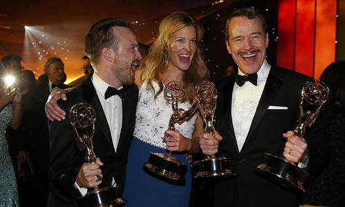 'Breaking Bad,' Bryan Cranston win Emmy Awards