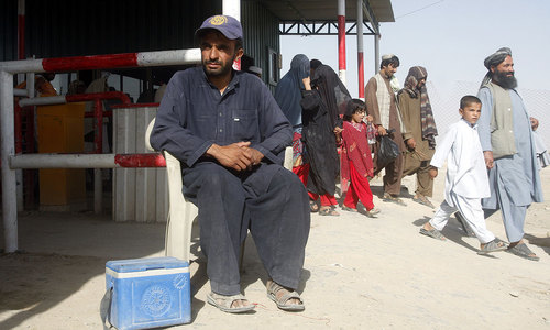 Hundreds miss polio vaccine at Pak-Afghan border