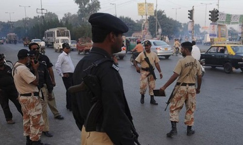 Policeman gunned down in Karachi