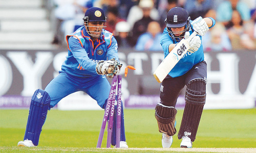 Indian spinners strangulate England
