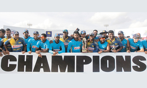 Pakistan's abject surrender hands SL ODI series