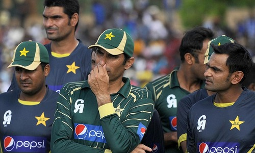 Latest defeat sparks Pakistan's World Cup fears