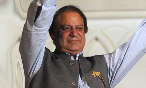PML-N worker threatens self immolation if PM resigns