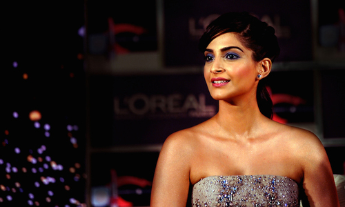 Sonam Kapoor to skip 'Khoobsurat' promotion in Pakistan