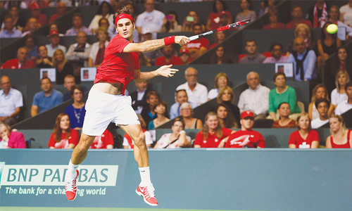 Federer fires Switzerland into Davis Cup final