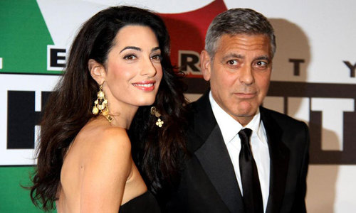 George Clooney to get prize for humanitarian work