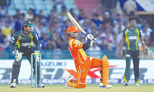 Hafeez, Knights' victory send Lions into CL T20 main draw