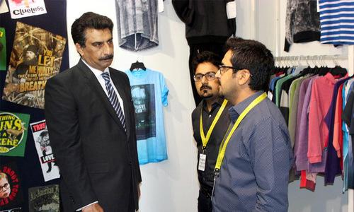 Pakistani fabrics exhibition in Paris