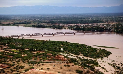 Pakistan floods trigger fresh dam debate