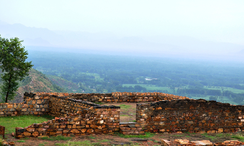The ruins of Jamal Garhi - A Buddhist monastery