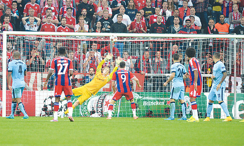 Boateng, Huntelaar maintain German hold over English sides