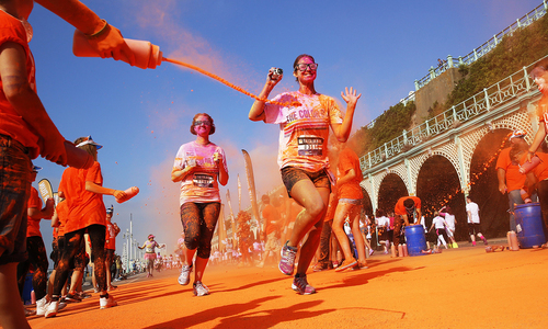 Holi-inspired running competition takes off in England