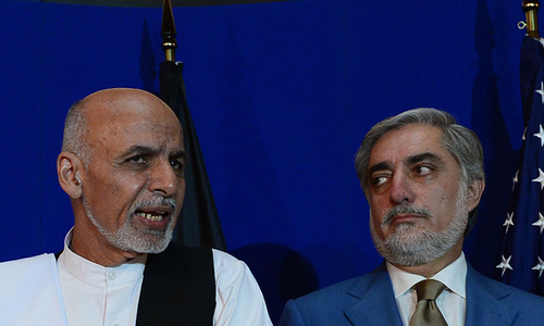 Afghan presidential rivals sign unity deal