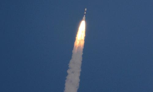 India celebrates as maiden Mars mission reaches orbit