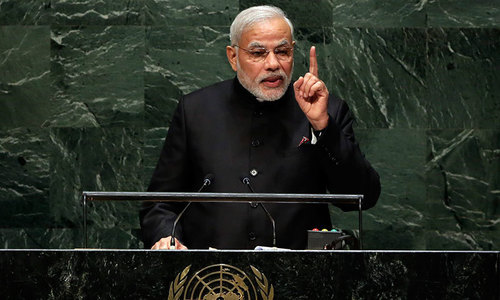 In rock star US debut, Modi vows to make India proud