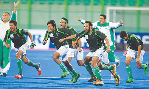 Green-shirts win tense shootout against Malaysia to set final date with India