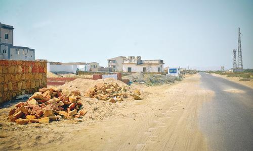 Closure of beaches ruins small businesses, livelihoods